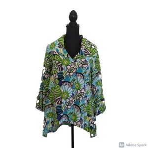 For Cynthia green and blue floral tunic size S NWT